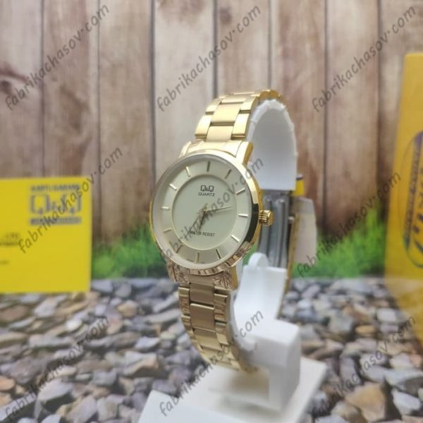 Женские часы Q&Q Q945J001Y