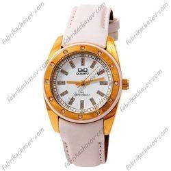 Женские часы Q&Q GQ15-101