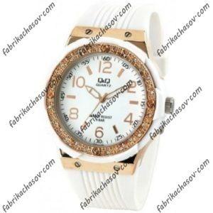 Женские часы Q&Q Q774J114Y