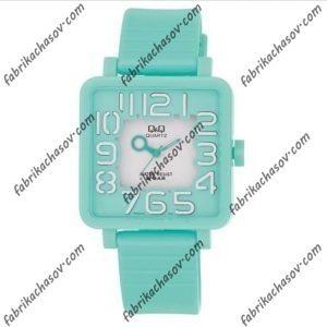 Женские часы Q&Q VR06J006Y