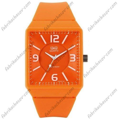 Часы Q&Q VR30J005Y