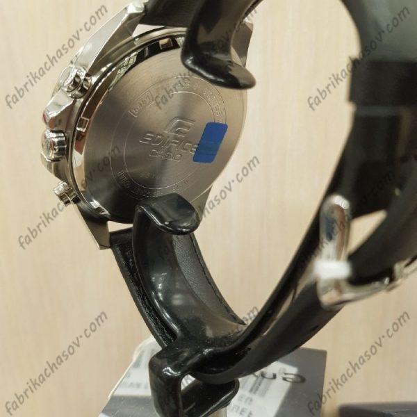 Часы Casio Edifice EFR-556L-1AVUEF