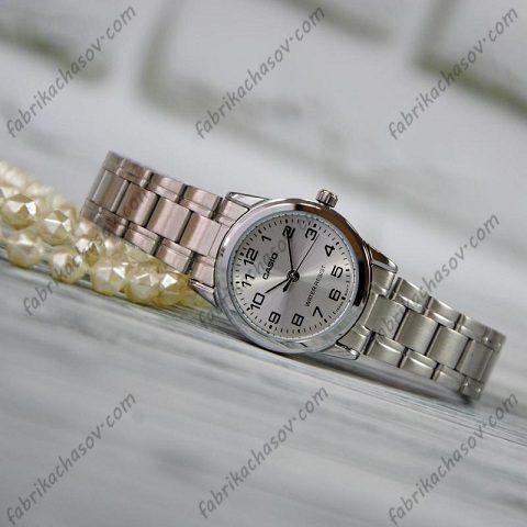 Часы Casio Classic LTP-V001D-7BUDF