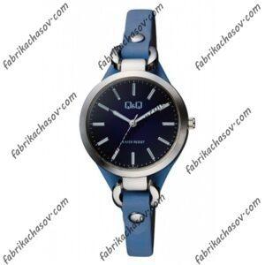 Женские часы Q&Q QB17J302Y