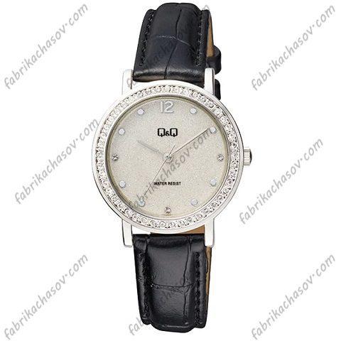Женские часы Q&Q QB45J301Y