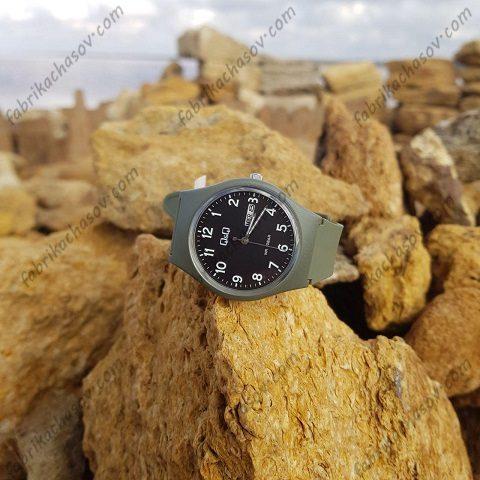 Часы Q&Q A212J008Y