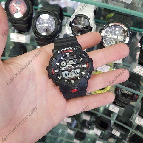 Часы Casio G-Shock GA-700-1AER