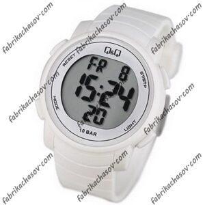 Часы Q&Q M122J002Y