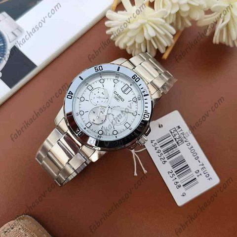 Часы CASIO MTP-VD300D-7E