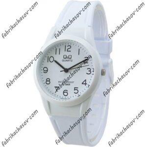 Часы Q&Q VQ50J822Y